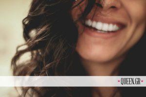 10 απλά μυστικά για υγιή και λευκά δόντια με φυσικό τρόπο (video)